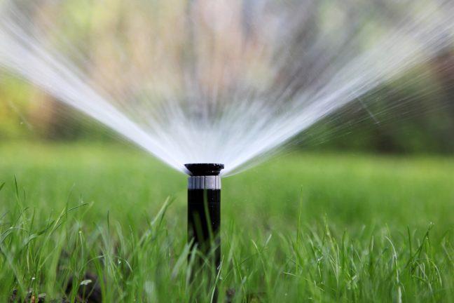 best irrigation system pop-up sprinkler